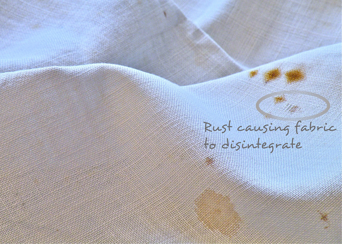 How to remove rust stains kaodim for How do u get yellow stains out of white shirts